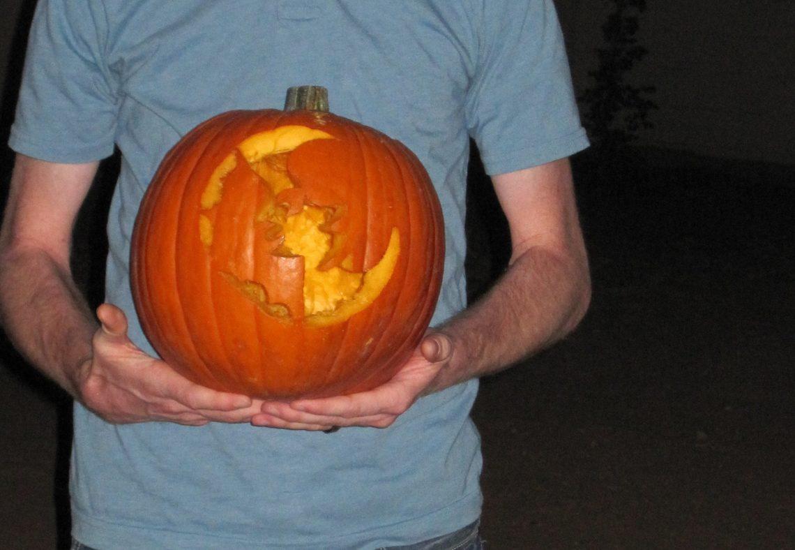 pumpkin carving date night