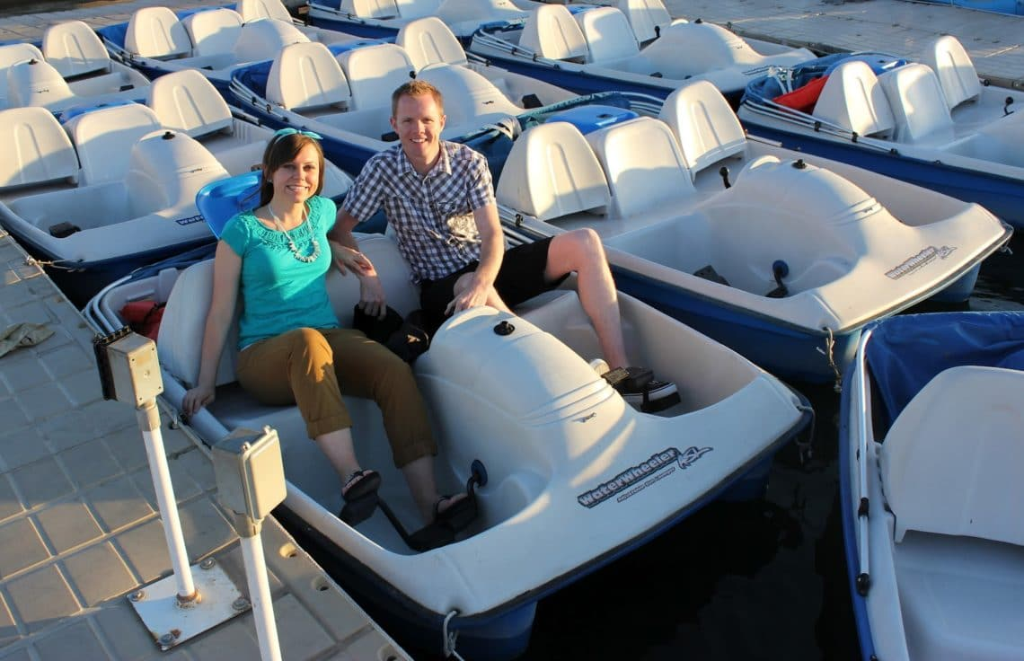 Romantic Paddle Boating Date: An easy, inexpensive, creative date idea that's incredibly romantic!