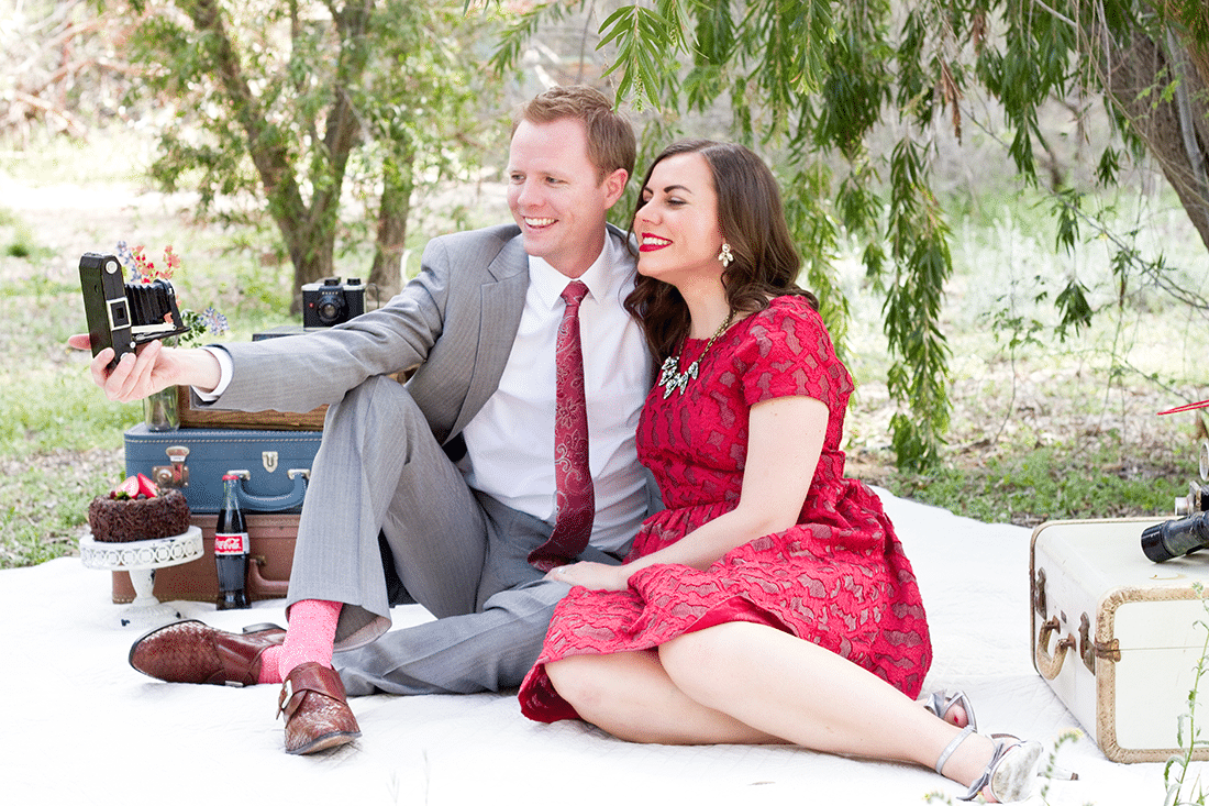 Anniversary Photo Shoot: Take pictures every year on your anniversary to watch your family grow old together