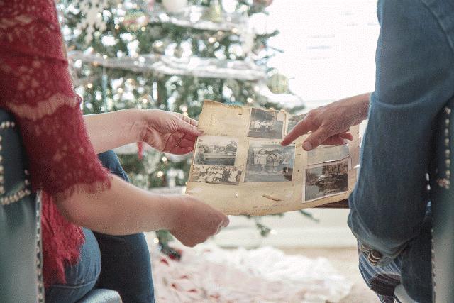 Sentimental Gift Idea for Parents and Grandparents