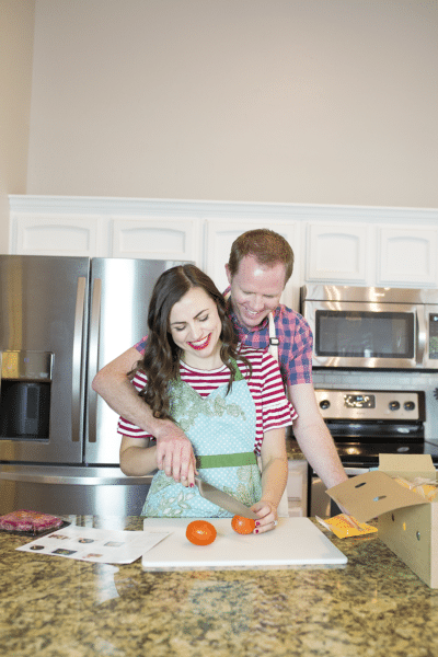 Creative date night at home idea- this makes cooking date nights at home so doable, run and romantic!