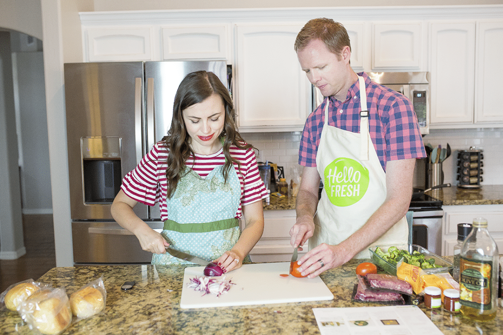 Creative date night at home idea- this makes cooking date nights at home so doable, fun and romantic!