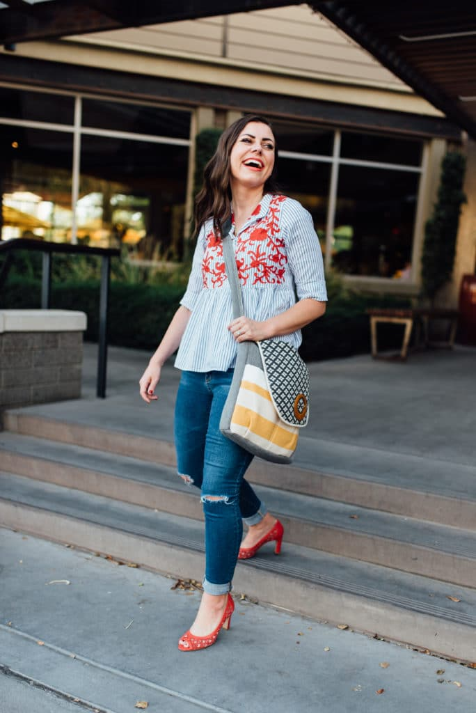 Easy date night outfit idea with some of the best fall 2017 fashion trends!