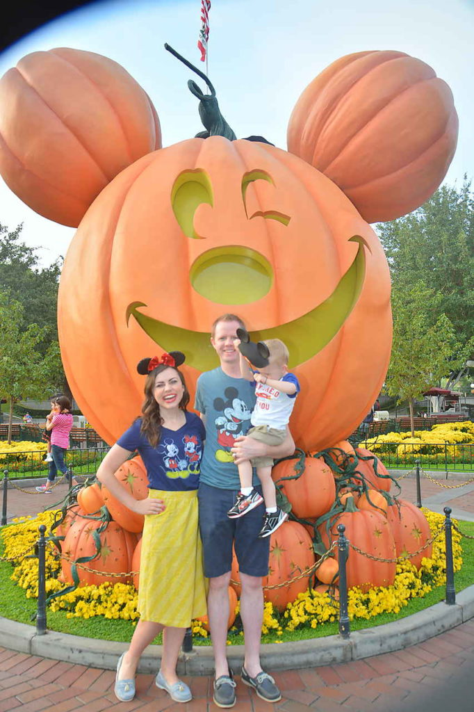Disneyland at Halloween Time: 8 Reasons Why Halloween time at Disneyland Resort is the best time to go! And the best deal on tickets, and a hack to lock in this year's prices with Disneyland discount tickets for next year!