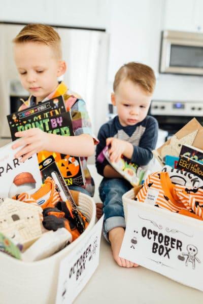 How to Create a Halloween Box