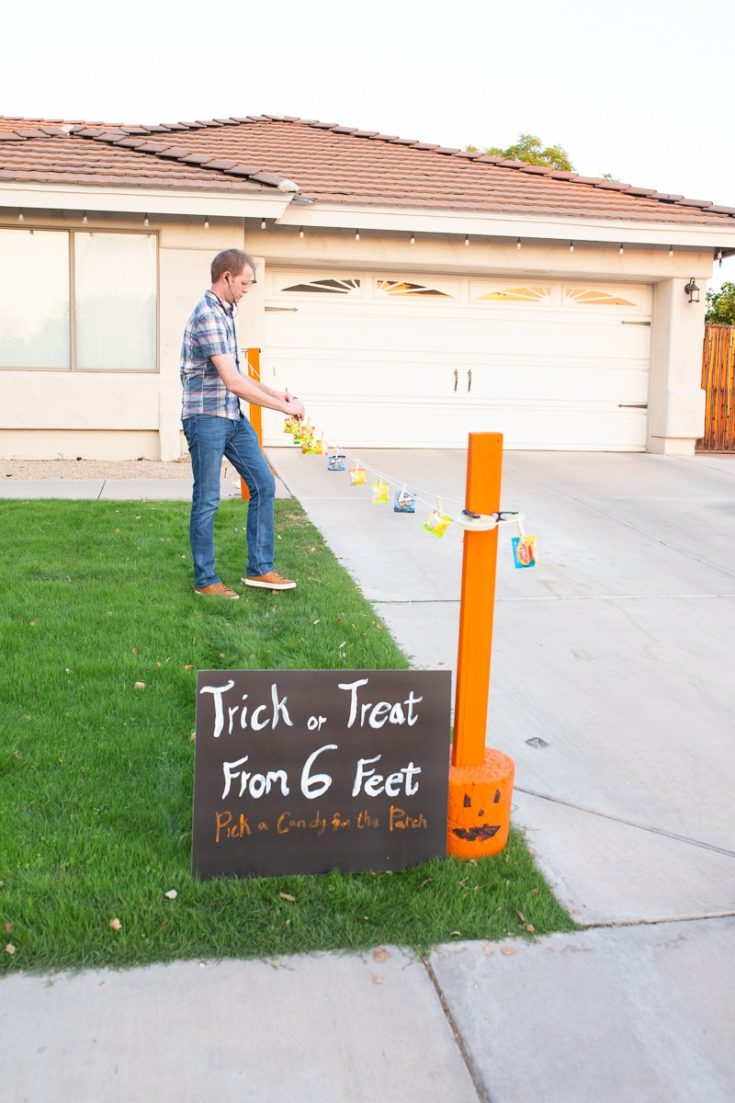 Social Distanced Trick or Treating Clothesline