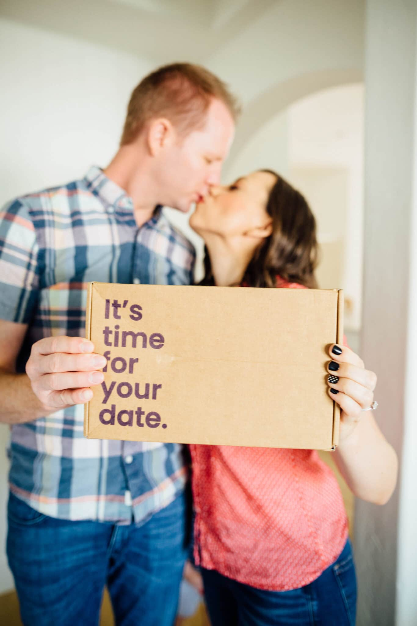 Happily Datebox Review